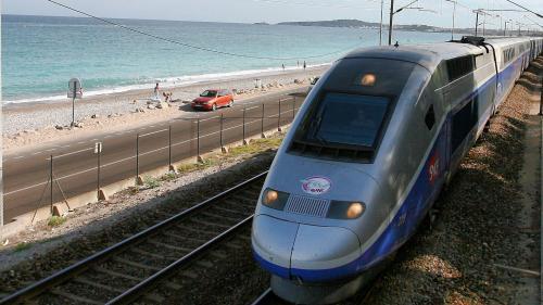 SNCF : plusieurs trains supprimés ou retardés dans les Alpes-Maritimes et dans le Var après la mort d'un homme percuté par un train