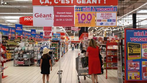 """Hypermarché sans caissier à Angers : """"Ce système est quasiment incontournable"""""""