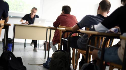 """Université d'été des enseignants: """"Après la rétention des notes du bac, ça sera une rentrée de combat"""""""