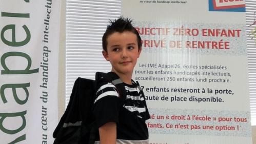 """""""Cruel"""", """"un scandale absolu"""": dans la Drôme, 240 enfants handicapés mentaux ne pourront pas faire leur rentrée"""