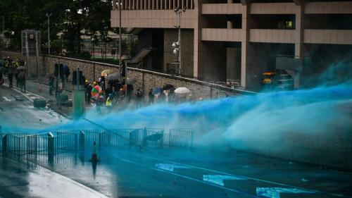 DIRECT. Hong-Kong : la police disperse les manifestants au canon à eau