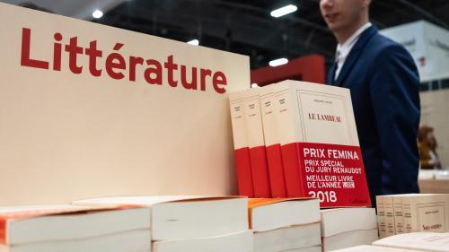 Goncourt, Renaudot, Femina... Top départ pour les prix littéraires d'automne   https://www.francetvinfo.fr/culture/livres/roman/goncourt-renaudot-femina-top-depart-pour-les-prix-litteraires-d-automne_3598857.html…pic.twitter.com/3YHW6W4THf