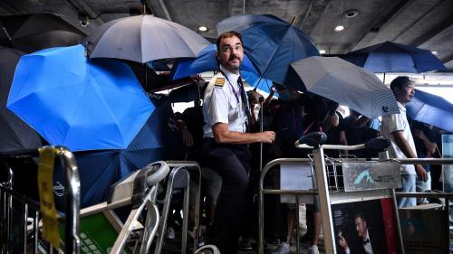 DIRECT. Hong Kong : les manifestants tentent de bloquer l'accès de l'aéroport
