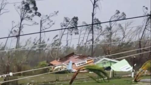 VIDEOS. L'ouragan Dorian sème le chaos aux Bahamas avec des rafales à plus de350km/h
