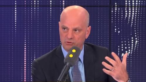 """VIDEO. """"Je ferai un point sur les questions de laïcité à l'école d'ici la fin du mois de septembre"""", annonce Jean-Michel Blanquer"""