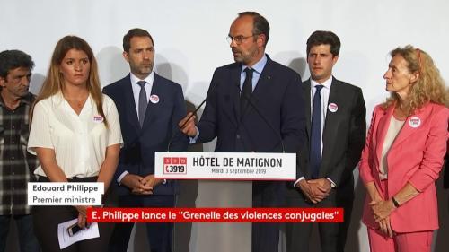DIRECT. Grenelle des violences conjugales : Edouard Philippe annonce un plan de 5 millions d'euros pour créer 1 000 places d'hébergement d'urgence
