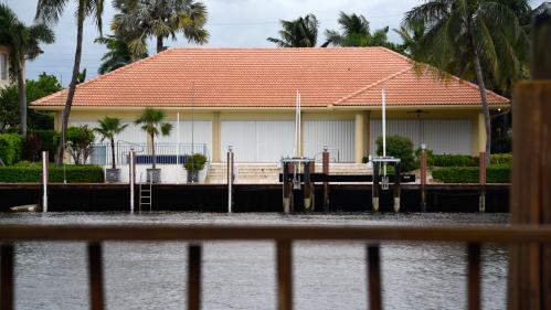 VIDEO. Ouragan Dorian: aux Bahamas, un ministre filme sa maison inondée par des vagues de près de six mètres