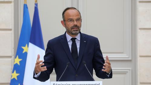Les ministres candidats aux municipales de 2020 pourront rester au gouvernement pendant la campagne, annonce Edouard Philippe