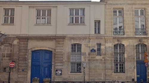 Présence de plomb près de Notre-Dame: trois écoles rouvrent, deux restent fermées