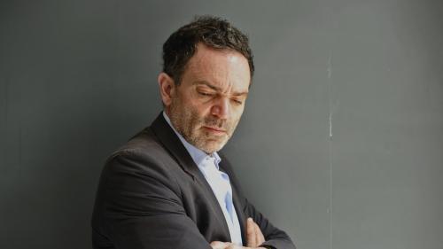 """Sur le plateau d'""""On n'est pas couché"""", Yann Moix """"demande pardon"""" pour ses dessins antisémites"""