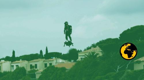 #AlertePollution : bruyant, polluant, envahissant... Dans les Bouches-du-Rhône, des voisins de Franky Zapata ne supportent plus son Flyboard