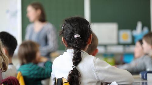 En Pologne, les enseignants sous-payés désertent les écoles publiques