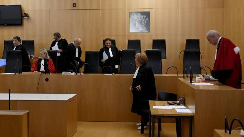 """""""On n'a pas l'expert pour nous expliquer"""" : à Caen, une première audience de cour criminelle moins solennelle qu'aux assises"""