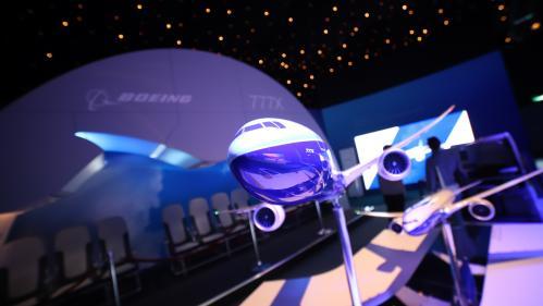 Boeing a rencontré des problèmes lors des tests du futur long courrier 777X   https://www.francetvinfo.fr/economie/aeronautique/boeing-a-rencontre-des-problemes-lors-des-tests-du-futur-long-courrier-777x_3607233.html…pic.twitter.com/WPj6y2aunD