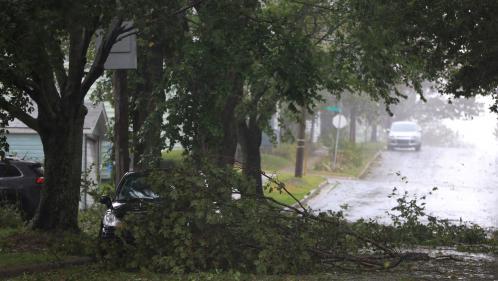 Dorian : après avoir dévasté les Bahamas, l'ouragan s'abat sur le Canada