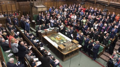 Brexit: derniers débats pour les députés britanniques avant la suspension du Parlement