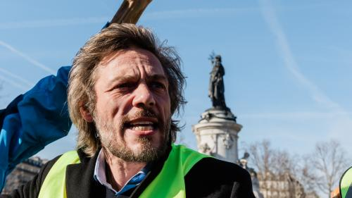 """Elections municipales : des """"gilets jaunes"""" veulent présenter une liste à Paris"""
