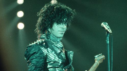 """Prince: bientôt 35 morceaux inédits dans une grosse réédition de """"1999"""""""