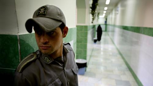 Le gouvernement australien annonce que trois de ses ressortissants ont été arrêtés en Iran