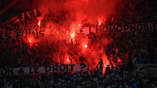 """Homophobie dans les stades : """"J'appelle les arbitres à continuer courageusement"""" d'arrêter les matchs"""
