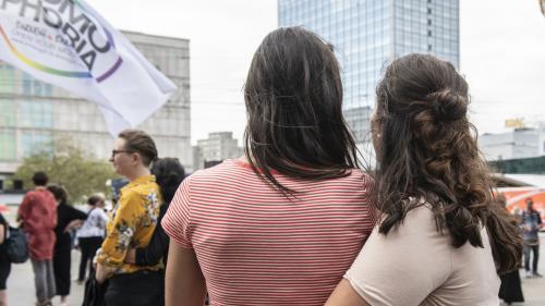 Bioéthique : l'ouverture de la PMA à toutes les femmes est votée en commission à l'Assemblée nationale