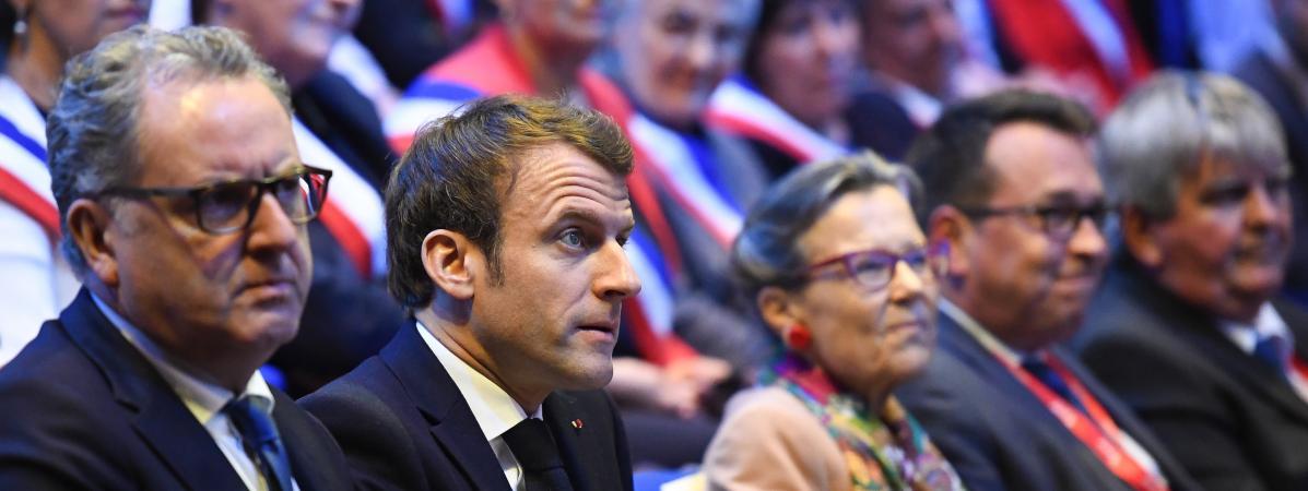 Emmanuel Macron soutient Richard Ferrand après sa mise en examen