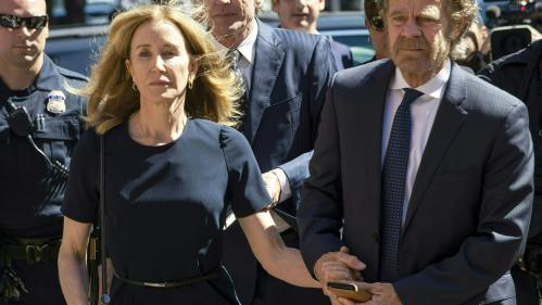 Corruption pour entrer à l'université : l'actrice Felicity Huffman condamnée à 14 jours de prison
