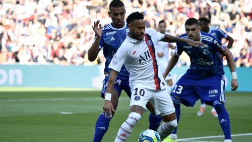 Pour son retour, Neymar offre la victoire au PSG contre Strasbourg (1-0) d'un geste acrobatique dans le temps additionnel