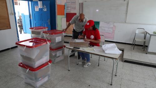 DIRECT. Présidentielle en Tunisie : les bureaux de vote viennent d'ouvrir, sept millions d'électeurs appelés aux urnes