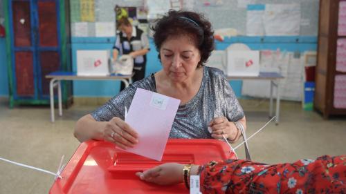 DIRECT. Présidentielle en Tunisie : les bureaux de vote ont ouvert, sept millions d'électeurs appelés aux urnes
