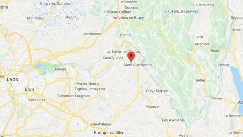Isère : un corps emballé dans un sac plastique découvert par un chasseur