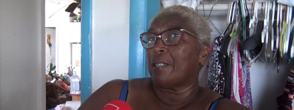 """""""Si j'étais partie, mon cœur et mon esprit seraient restés"""" : aux Bahamas, une maire refuse de partir après..."""