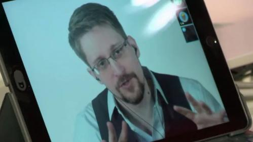 """VIDÉO. """"Si quelqu'un au gouvernement s'occupe de questions sensibles et utilise WhatsApp, c'est une erreur"""", Edward Snowden met en garde Édouard Philippe"""