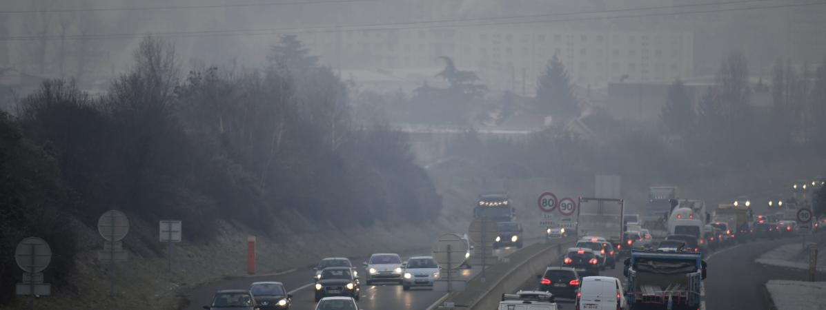 Pollution : alerte rouge en Auvergne-Rhône-Alpes