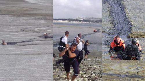 VIDEO. Pas-de-Calais : les pompiers sauvent deux personnes âgées envasées dans la baie de Canche
