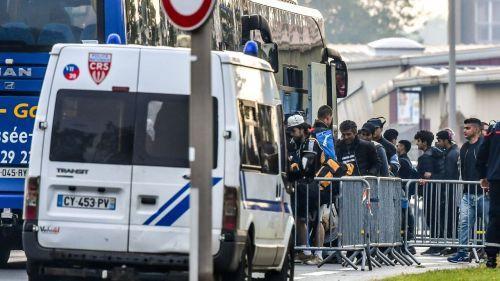 Grande-Synthe : près d'un millier de migrants évacués d'un campement