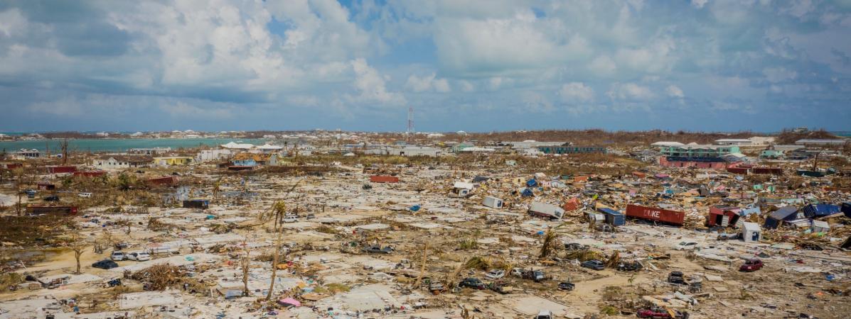 """VIDEO. """"Le niveau de destruction ici, c'est du jamais-vu"""" : les Bahamas dévastées après le passage de Dorian"""