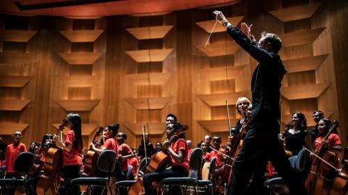 """Demos, programme d'éducation des jeunes à la musique, obtient le """"Nobel des arts"""""""