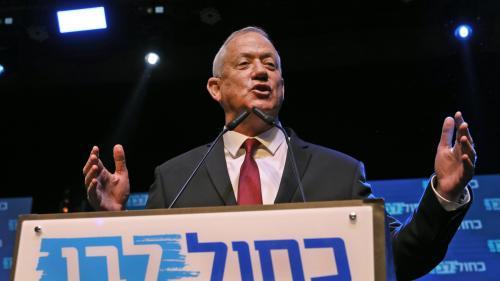 Législatives en Israël : Nétanyahou, et son rival Benny Gantz au coude-à-coude, selon les sondages à la sortie des urnes