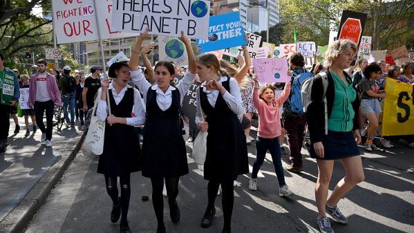 Climat : la jeunesse se mobilise à travers le monde