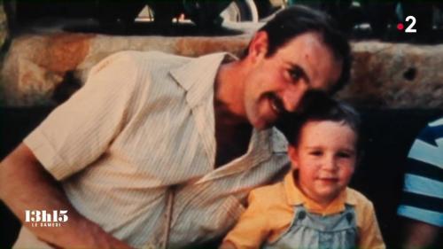 """VIDEO. """"Mon père ne voulait pas mourir"""" : le réalisateur Edouard Bergeon parle de la descente aux enfers de son père agriculteur"""