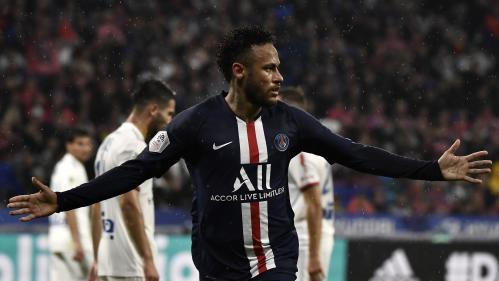 Ligue 1 : le PSG frappe un grand coup en s'imposant à Lyon grâce à un but de Neymar