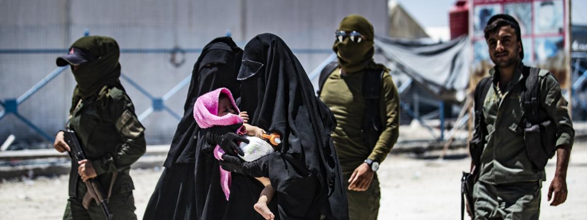 Neuf enfants de jihadistes, dont des petits-neveux et petites-nièces des frères Clain, viennent d'atterrir ...
