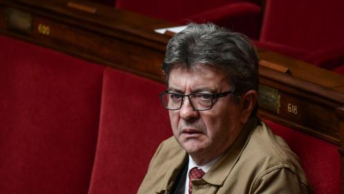 """Un syndicat de police porte plainte contre Jean-Luc Mélenchon après ses propos sur les forces de l'ordre """"barbares"""""""