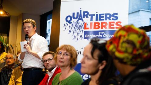 """""""Le maire, c'est celui qui est à portée de baffes"""" : la première réunion publique de Benjamin Griveaux pour les municipales perturbée par des opposants"""