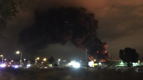 Rouen : un incendie s'est déclaré dans une usine Seveso, la préfecture demande d'éviter le secteur