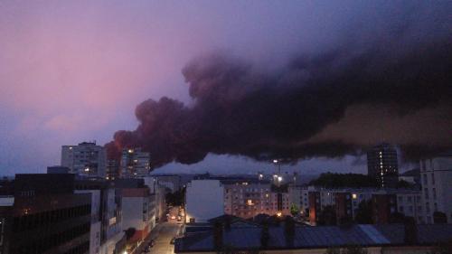 Rouen : ce que l'on sait de l'incendie dans l'usine Lubrizol, classée Seveso