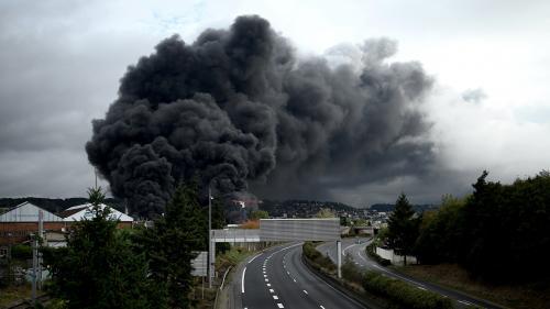 Incendie de l'usine Lubrizol à Rouen : un faux communiqué circule, la préfecture envisage de porter plainte