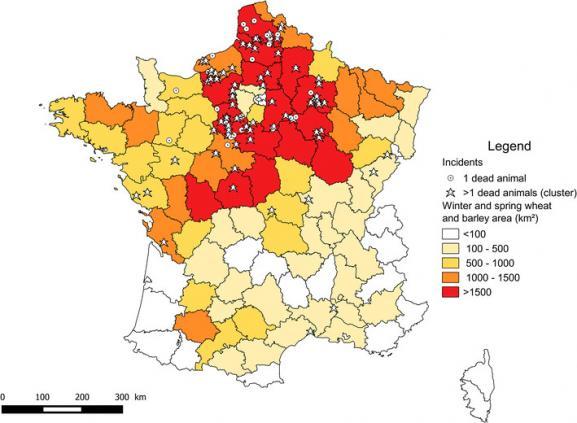 Cas suspects d\'oiseaux empoisonnés entre 1995 et 2014, principalement localisés dans le centre-nord de la France, zones de culture intensive de céréales.