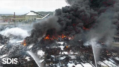 Incendie à Rouen : huit personnes hospitalisées pour des problèmes respiratoires
